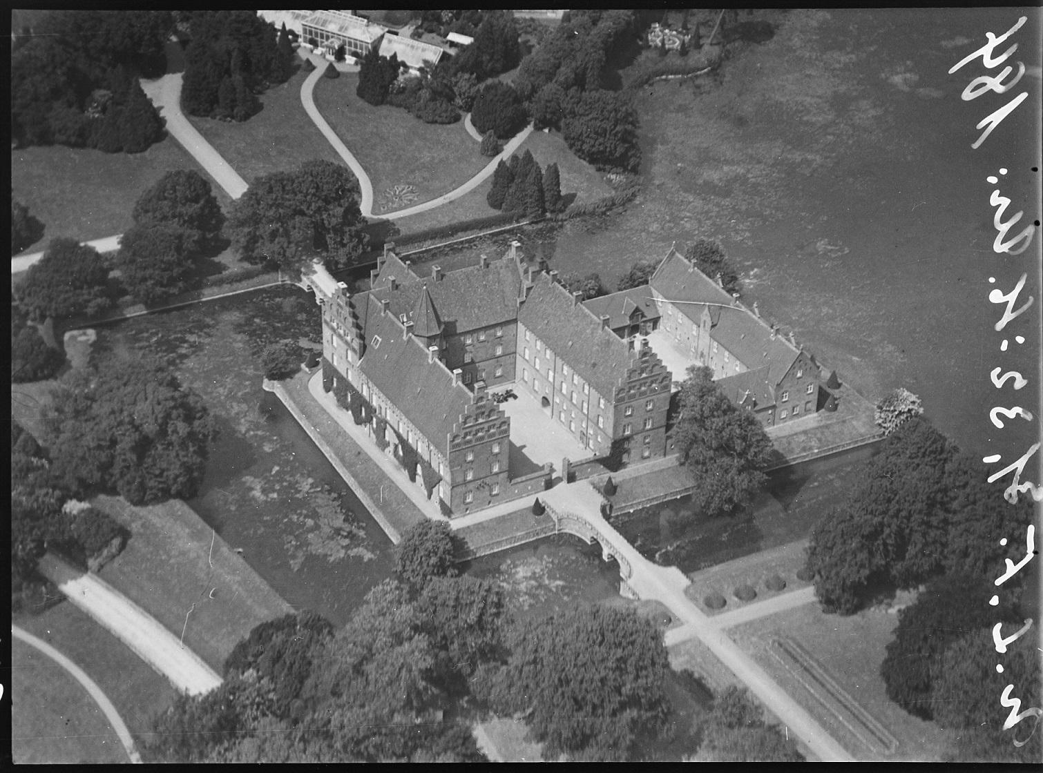 00d321a6971 Foto: Nordisk Luftfoto, 1928-33, Det Kgl. Bibliotek. ‹ ›