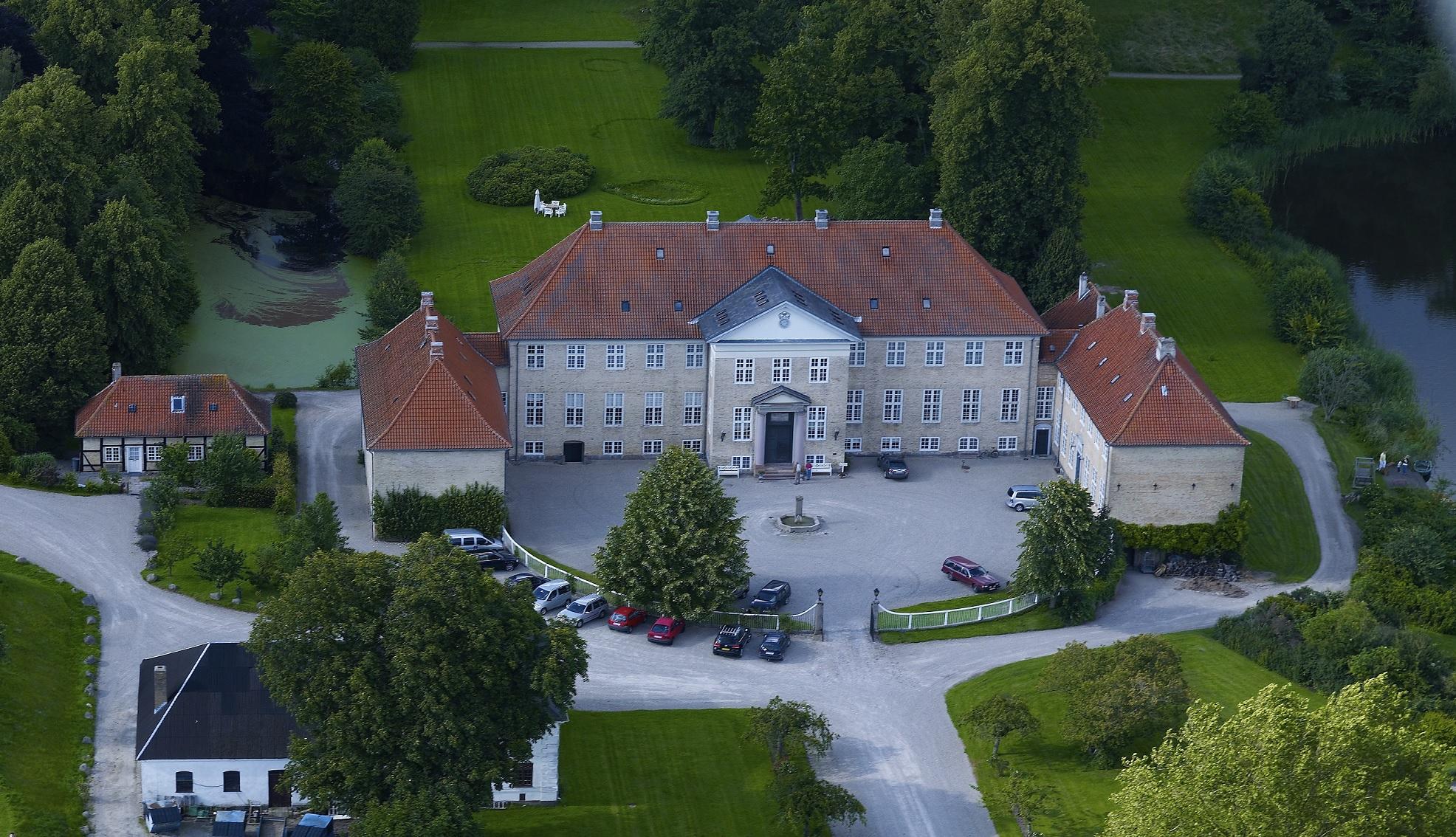 Bandholm hvem hotel ejer cdn.powder.com